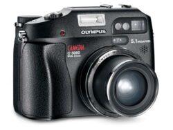 Digital camera Olympus CAMEDIA C-5060 WideZoom-CCD with 5.1 mpx, 2560x1920, 4x optical ZOOM, 3.5x digital ZOOM, card xD / MicroDrive, TV output, SW, USB